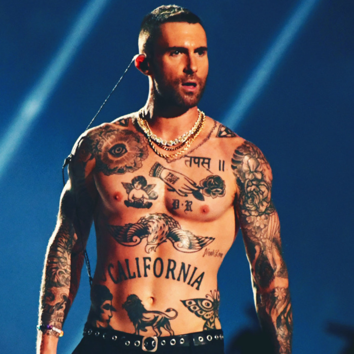 04-adam-levine-tattoos.w700.h700